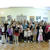 Strictly Come Dancing's Robin Windsor pops in to Alvaston dance class