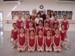 Gwenda Britten with staff and students following classes in Mie Prefecture, Japan